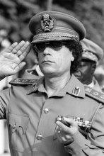 newsmlmmd.9ed76e1cebd102ed927f3cf95dce9971.7412_le-colonel-mouammar-kadhafi---dakar--au-senegal--lb